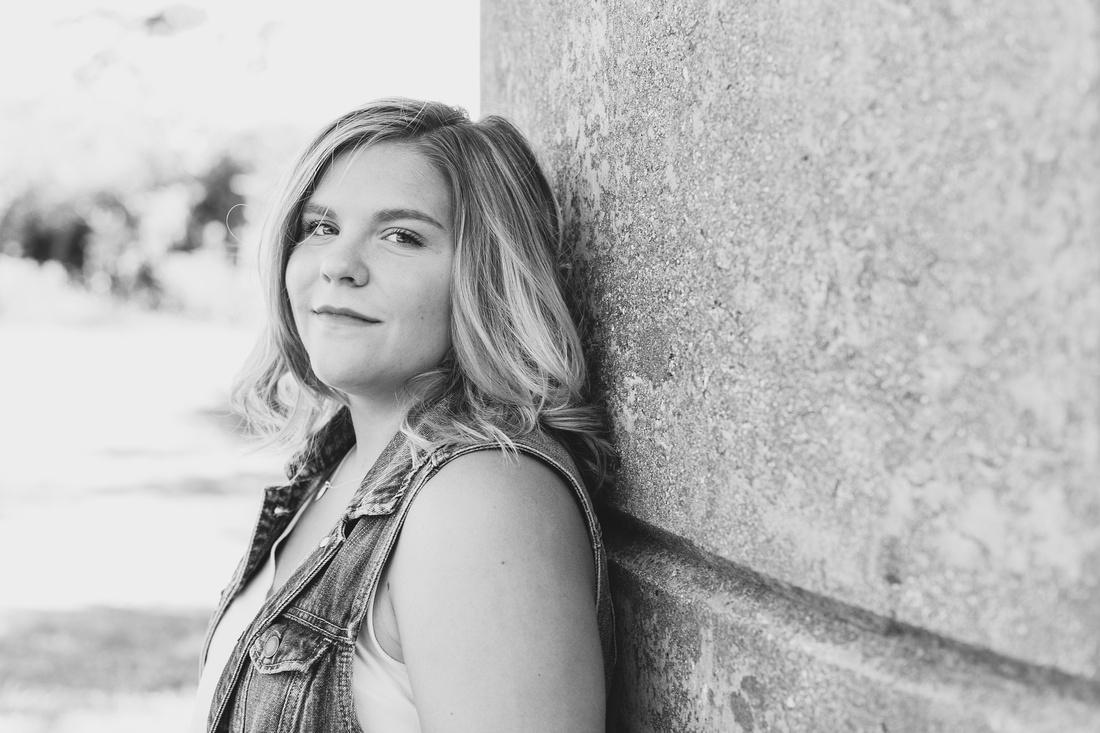 Lauren Senior Photos (12 of 127)
